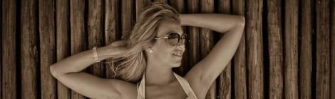 frau-mit-blonden-haaren